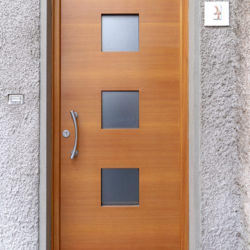 Porta ingresso moderna